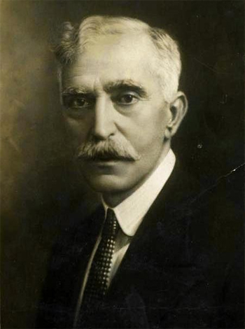 Francesc Macià, first president and restorer of the modern Government of Catalonia (1931-1933)