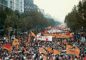 Protest march in Barcelona on 11 September 1977 demanding the restoration of a Statute of Autonomy and the institutions of the Government of Catalonia and the return of the exiled President.
