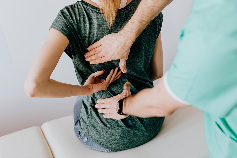 Nova guia clínica per atendre les persones amb COVID-19 persistent